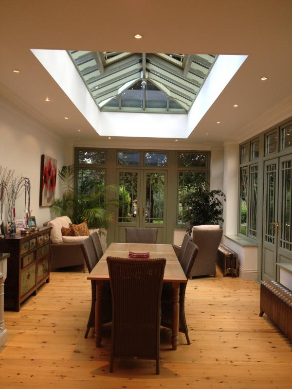 Contemporary roof lanterns prestige roof lanterns for Orangery lighting ideas
